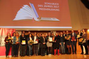 Alle Preisträger bei der Preisverleihung Schulbuch des Jahres 2017