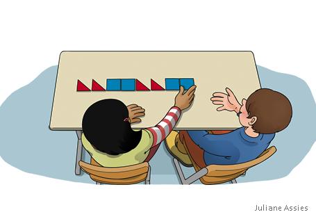 Kinder legen Muster